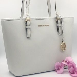 MICHAEL KORS MD CARRYALL TOTE OPTIC WHT 35H7GTVT2L